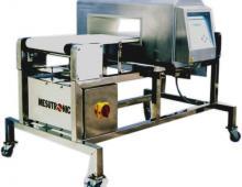 Metal detector for seafood industry